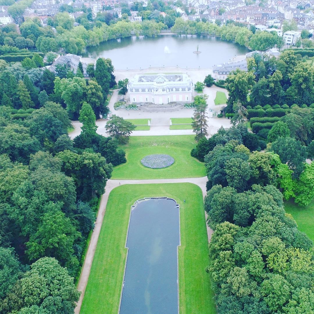 Замок Benrath, Германия